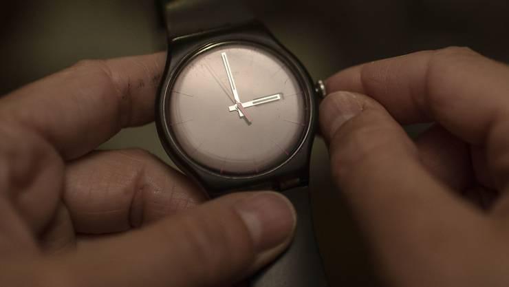 In der Nacht auf den 28. Oktober werden die Uhren wieder eine Stunde zurückgedreht. (Symbolbild)