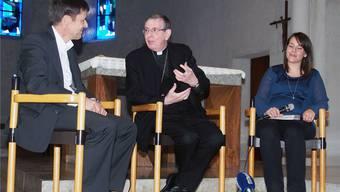 Ein progressiver Geistlicher: Kurt Koch (rechts) im Gespräch mit Lukas Stutz, Vorstandsmitglied des VCU Basel.