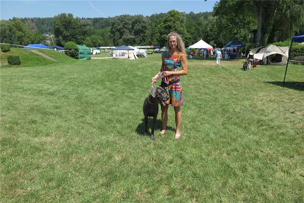 Campari, die Hündin von Jodita Kiehl aus Deutschland, hat in der Kategorie «Junghund Blaue Dogge» gewonnen.