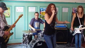 Babs Ginger eröffneten die Veranstaltung in der Musigbar.