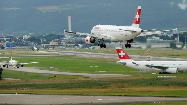 Das Kommitte fordert eine Kapazität von 80 Flugbewegungen pro Stunde, insbesondere während der Mittagsspitze.