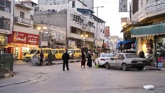Die israelische Regierung erwägt nach Angaben eines israelischen Regierungsvertreters Baugenehmigungen für hunderte palästinensische Häuser sowie tausende Genehmigungen für Unterkünfte jüdischer Siedler im besetzten Westjordanland. (Archiv)