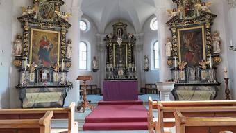Die Lengnauer Kirche und ihr Altar heute – jener aus den 1650er-Jahren steht heute in Uri. Die Kirche St.Martin 1972.