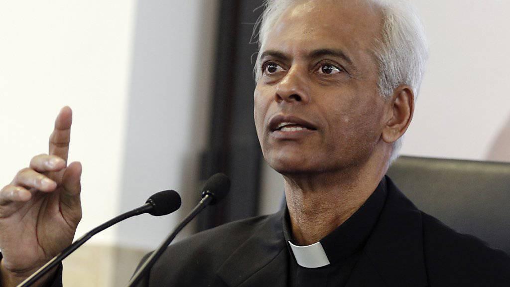Während seiner 18-monatigen Gefangenschaft im Jemen hat sich der indische Salesianerpater Tom Uzhunnalil nie gefürchtet. Seine Geiselnehmer hätten ihn insgesamt gut behandelt, sagte er in Rom vor den Medien.