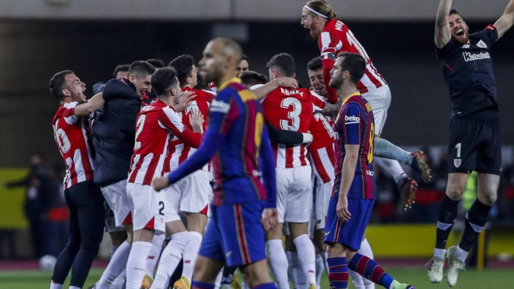 FC Barcelona verliert, Messi fliegt vom Platz