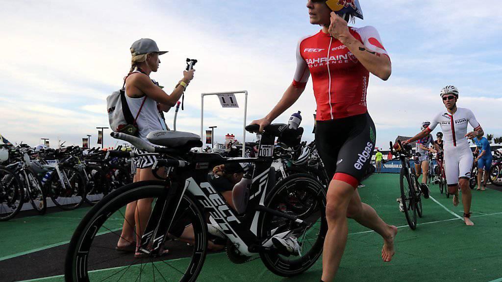 Daniela Ryf (mit Rad) distanzierte ihre Konkurrenz ein weiteres Mal