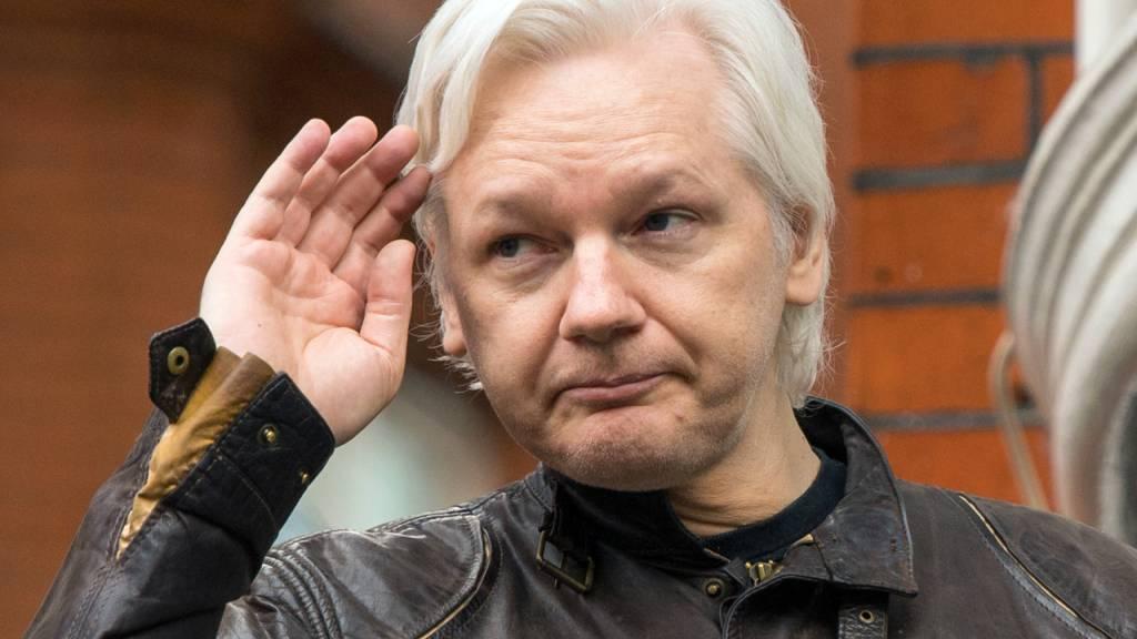 ARCHIV - Ein Gericht hat dem Wikileaks-Gründer Julian Assange die ecuadorianische Staatsbürgerschaft entzogen. Foto: Dominic Lipinski/PA Wire/dpa Foto: Dominic Lipinski/PA Wire/dpa