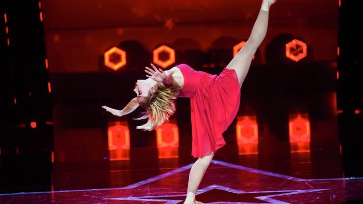 Die 19-jährige Moira Buser aus Tegerfelden hat bei «Die grössten Schweizer Talente» mit ihrer eigenen Choreografie die Jury überzeugt.