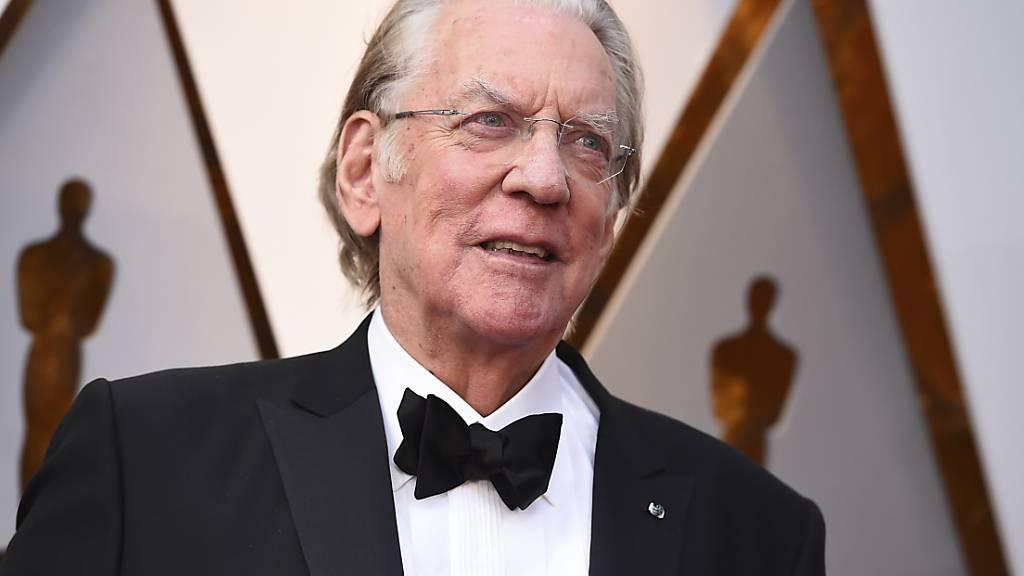 ARCHIV - Schauspieler Donald Sutherland bei den 90. Academy Awards in Los Angeles. Der kanadische Leinwandstar wird die Hauptrollen in einer Stephen-King-Verfilmung spielen. Foto: Jordan Strauss/Invision/AP/dpa