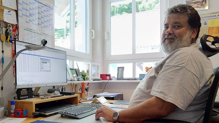 Helmut Kohler, Hobbymeteorologe aus Schwörstadt, zeichnet seit 1997 die Wetterdaten auf. Dazu hat er zwei eigene Wetterstationen.