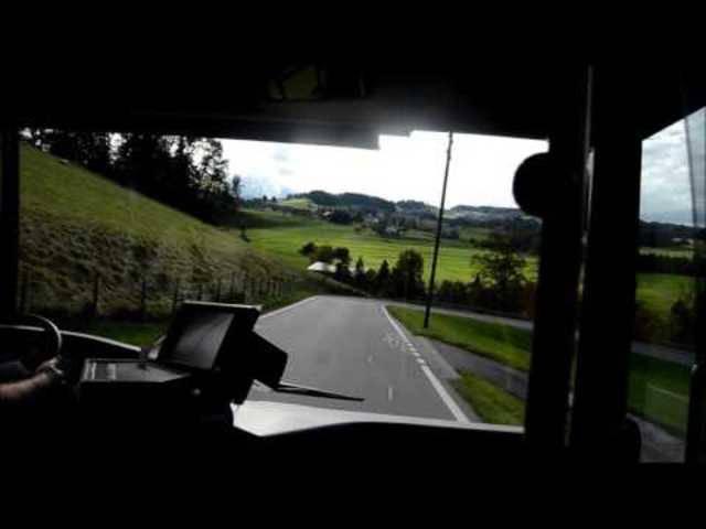 Bitte einsteigen: Busfahrt von Schwarzenburg Richtung Plaffeien