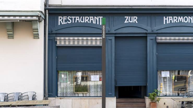 Müssen bis Mitte Dezember geschlossen bleiben: Restaurants und Bars in Basel.