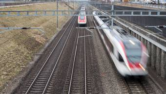 Massnahmen für S-Bahn- Halbstundentakt Aarau–Zürich
