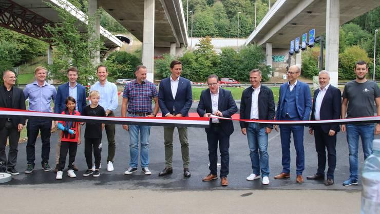 Vertreter aus der Politik fanden sich zur Eröffnung der neuen Sportattraktion ein.
