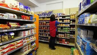 Konsumenten stützen auch in den nächsten Monaten mit ihren Ausgaben die Schweizer Wirtschaft. (Symbolbild).