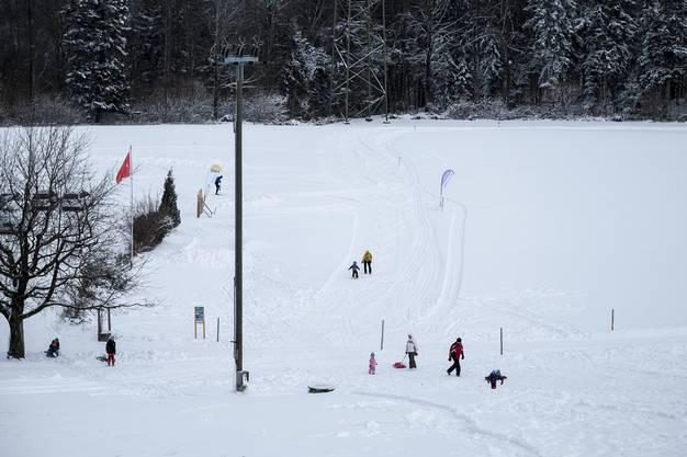 Der Bottenweiler Skilift ist am Mittwoch ab 13:15 Uhr startklar.