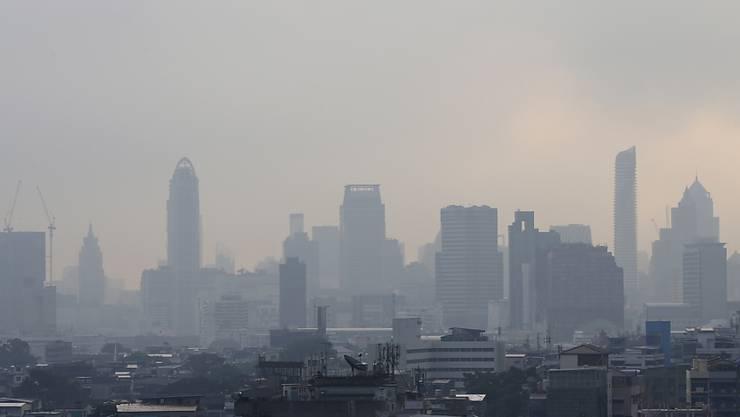 Trübe Luft: Smog deckt die thailändische Hauptstadt Bangkok ein. (Archivbild)