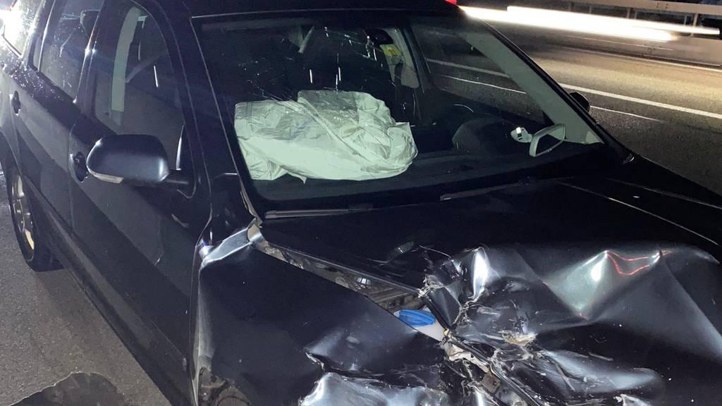 Auffahrunfall auf Autobahn A2 – eine Person verletzt