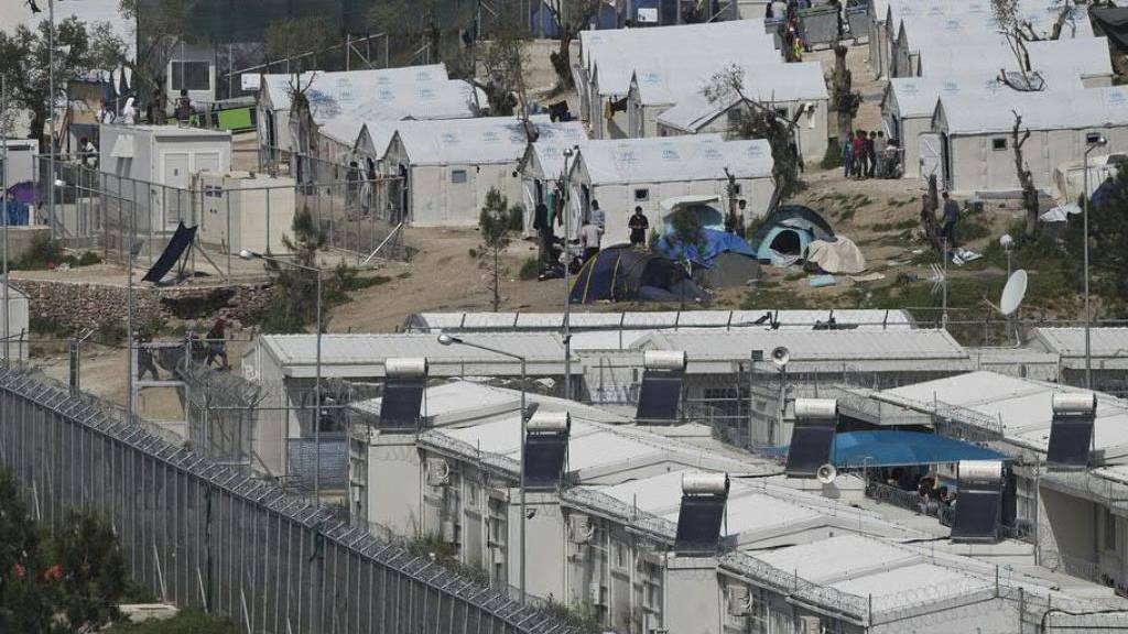 Eine Tote nach Streit im überfüllten Flüchtlingslager von Moria