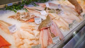 Der Konsument soll über die Herkunft von Fisch informiert werden (Symbolbild)