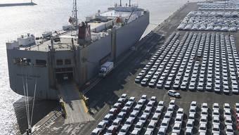 Der Volkswagen-Konzern hat im vergangenen Jahr einen Verkaufsrückgang in China zu spüren bekommen und den Autoabsatz insgesamt nur leicht gesteigert. (Archivbild)