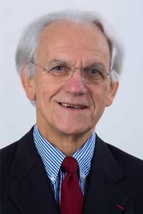 Die Arbeit des Franzosen Gérard Mourou kommt heute vielen Augenpatienten in der ganzen Welt zugute. Mourou arbeitete lange in den USA. Der 74-Jährige und seine 15 Jahre jüngere Schülerin Donna Strickland wurden in Sachen Laserpulsen in den Achtzigerjahren zu einem starken Team. Mourou sei eine «bemerkenswerte Persönlichkeit», sagt der deutsche Physiker Ludger Wöste über seinen französischen Kollegen. Er sprühe nur so vor Ideen und habe unkonventionelle Denkansätze: «Ein hochorigineller, nicht konventioneller Mensch», so Wöste. «Physiker sehen alle gleich aus – er ist anders.» Andere Kollegen beschreiben ihn als topfit – er war lange begeisterter Schwimmer. (SDA)