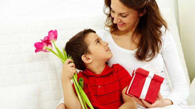 Am Muttertag freuen sich die Mütter und die Blumenhändler. Foto: HO