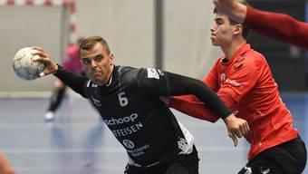 Er schiesst die meisten Tore bei Städtli: Rückraumspieler Pascal Bühler (l.).