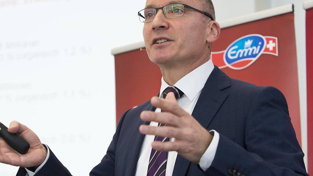 Der Emmi-Konzernchef, Urs Riedener, hat auch ohne weitere Abschottung der Schweizer Landwirtschaft im Ausland genügend Herausforderungen. (Archivbild)