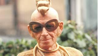 So kannte man Fred Spillmann: extravagant gekleidet, auffällige Frisur und eine Sonnenbrille auf der Nase.