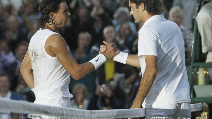 Am Freitag kommt es in Wimbledon zur Neuauflage des epischen Finals von 2008 zwischen Rafael Nadal und Roger Federer