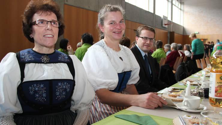 Heidi Dätwyler - Präsi. Landfrauenvereinigung Oberes Suhren- und Ruedertal_Käthi Reinhard - Präsi. Landfrauenverein Attelwil-Reitnau und Gemeindeammann Roger Lehner