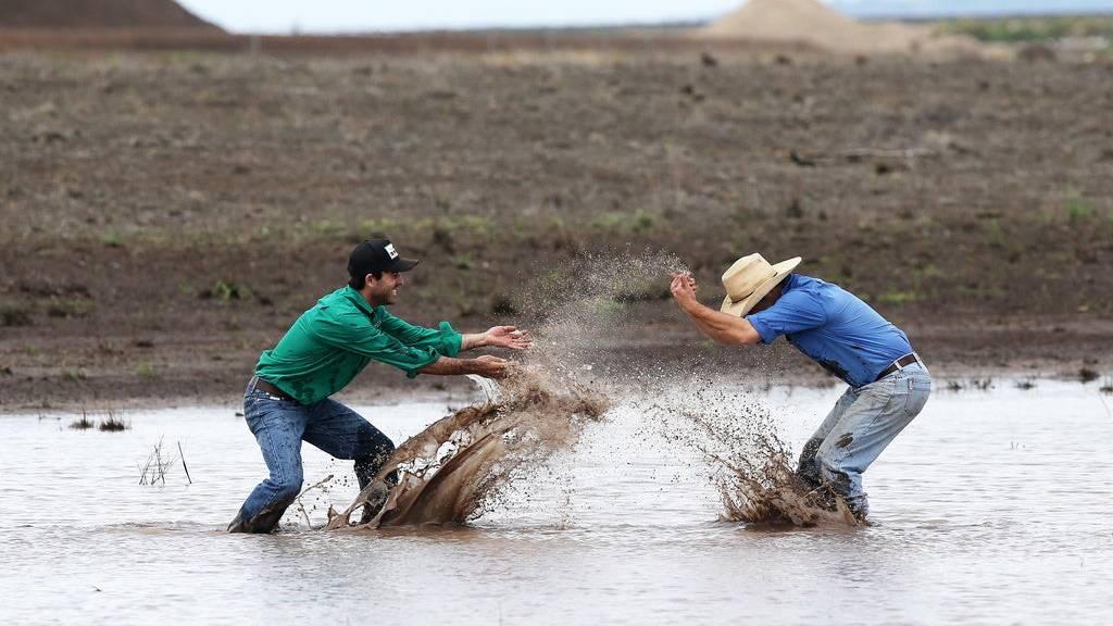 Heftiger Regen verursacht Überschwemmungen