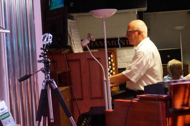 Felix Gubser brachte Jackie Rubi das Orgelspiel bei mit dem sie Konzerte von Rom bis St. Petersburg spielte.