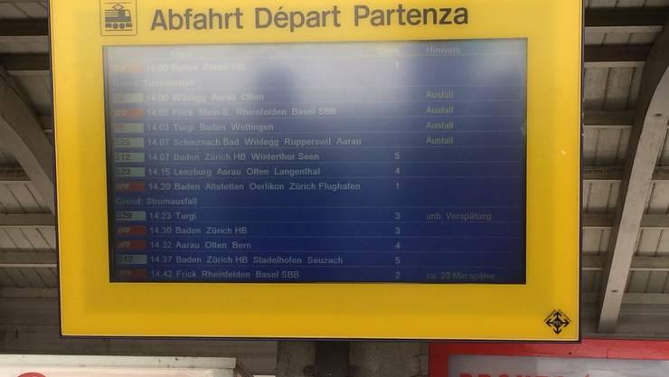 Mehrere Züge sind am Bahnhof Brugg ausgefallen.