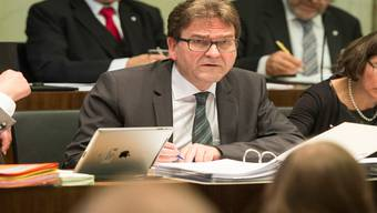 Der Zuger CVP-Regierungsrat Beat Villiger gerät kurz vor den anstehenden Wahlen in die Bredouille.