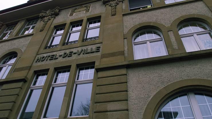 Das Gemeindehaus (Hotel de Ville) von Grenchen.