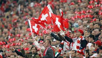 35'000 Fans begrüssen die Schweizer Nati am Montag im St. Jakob Park.