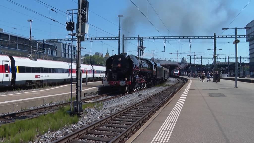 Zürichsee-Express wieder mit Passagieren unterwegs