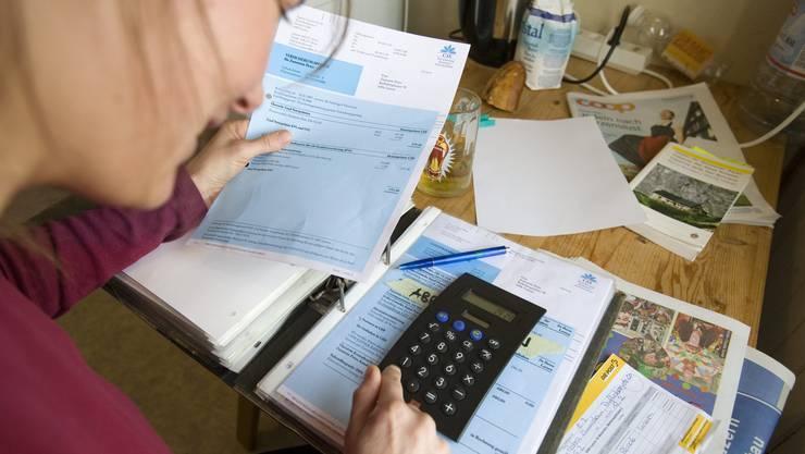 Wer eine Prämienverbilligung erhält, kann die Höhe neu berechnen lassen - ohne sechs monatige Wartefrist.