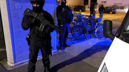 Polizisten töten mutmasslichen Attentäter