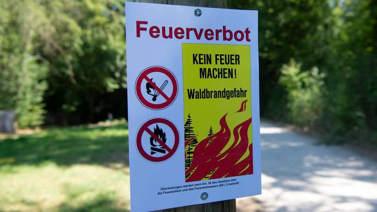 Im Tessin und Teilen von Graubünden herrscht derzeit erhöhte Waldbrandgefahr.