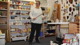 Eva Stanek ist seit Oktober Leiterin der Brockenstube des Gemeinnützigen Frauenvereins in der Brugger Altstadt. CM