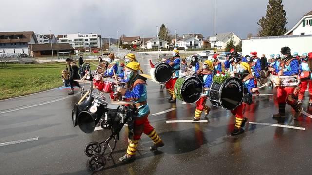 Ehrendingen: Ritter und Hexen hüpfen zum Kinderball