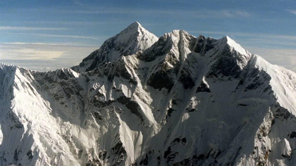 Forscher finden Mikroplastik in der Todeszone des Mount Everest