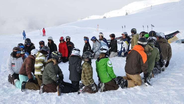 Aufwärmprogramm in den Bündner Bergen: Gibt es dass für Dietiker Schüler auch in diesem Jahr? zvg