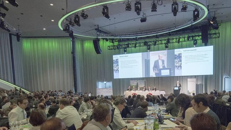 Blick in den Berner Kursaal (hier bei einer Veranstaltung des Bauernverbandes).