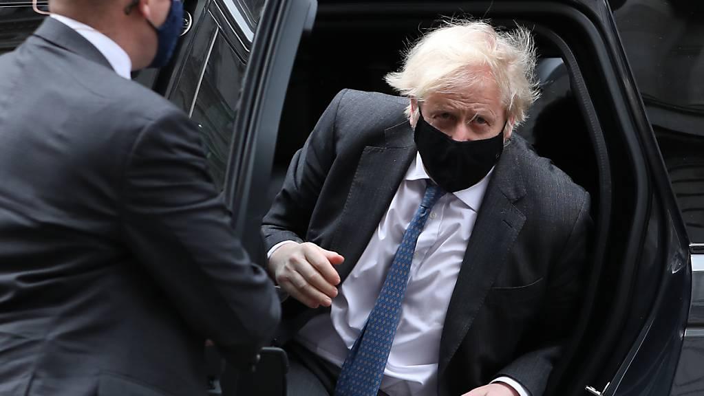Boris Johnson, Premierminister von Großbritannien, trifft an der Downing Street ein. Foto: Luciana Guerra/PA Wire/dpa