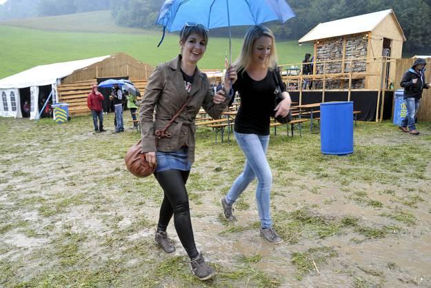 Impressionen vom «Rock am Bärg» in Büsserach
