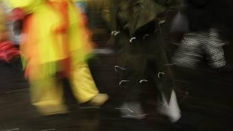 Zum Übergriff kam es am Rande eines Maskenballs (Symbolbild)